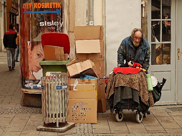Ubóstwo - Slajd 11
